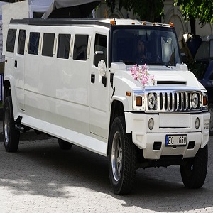Hire The Simplest Stretch Hummer In Sydney For Your Event!